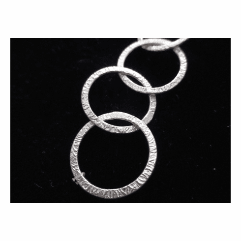 Chain by the Foot - Textured - 20mm Round Links<br>SCBKCH-T3D