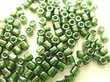 Emerald Crystal 8C-373