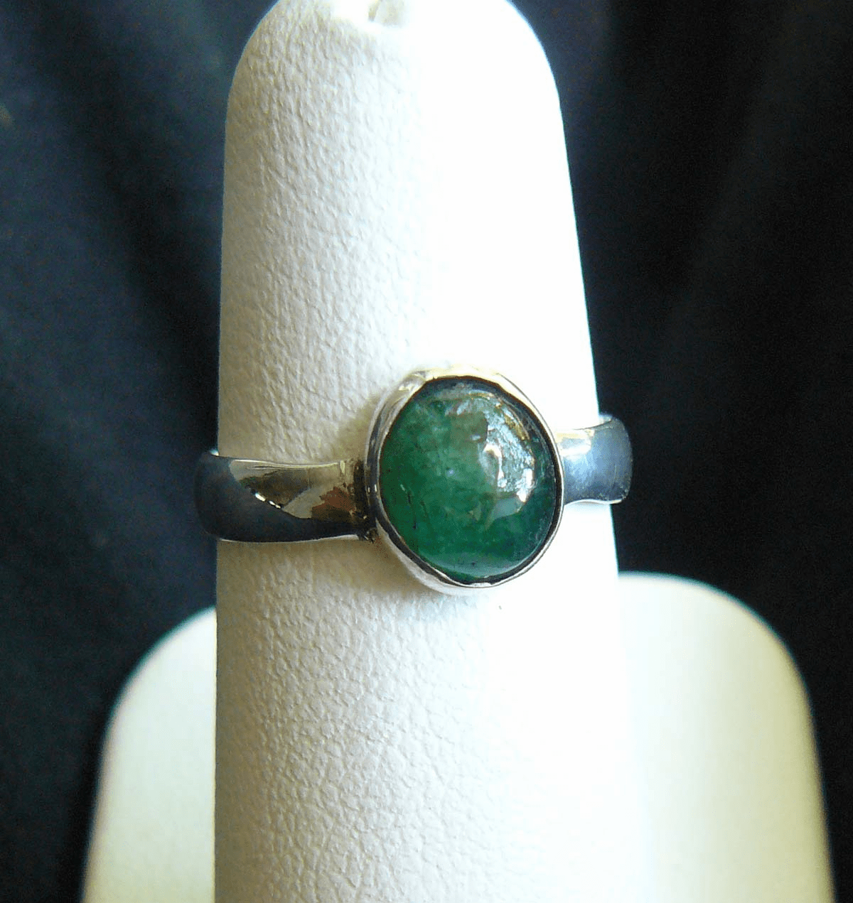 Emerald Ring set in Sterling Silver size 7  7X9mm Natural stone