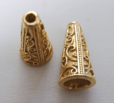 Fancy Cone - 4 Pieces - 20mm - 24Kt. Gold Over Copper