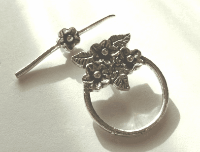 Floral Toggle - 20mm Circle w/ 30mm Bar - 4 Clasps - .999 Silver Over Copper