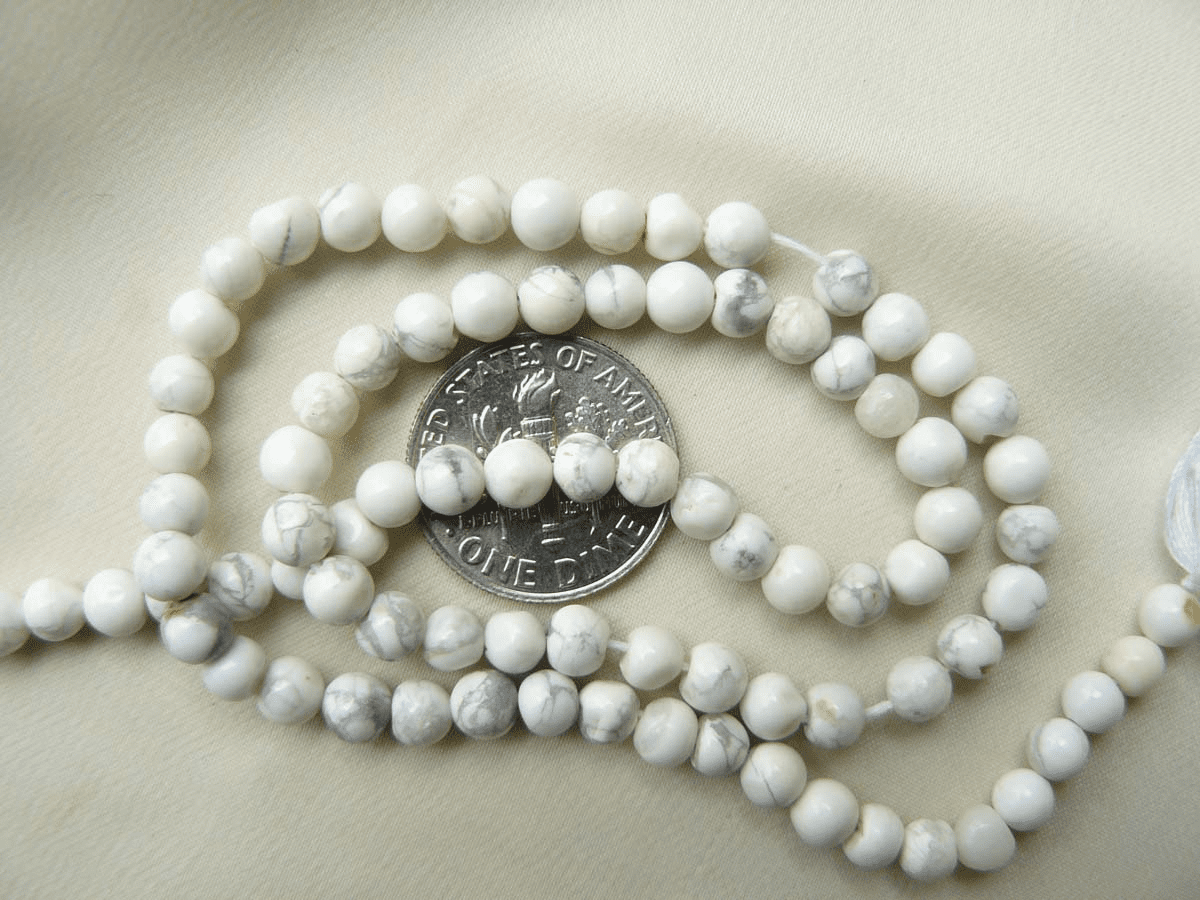 Howlite beads 4mm white round 14 Inch Strands