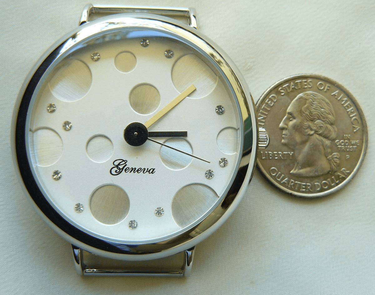 Larger Watch face round 40mm silver case with jewel inset flash