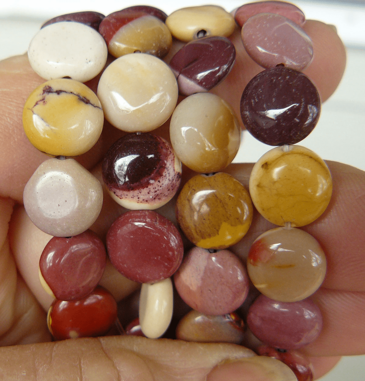 "Mookaite Beads- Small Coin cut natural Colors 16"" Strand"