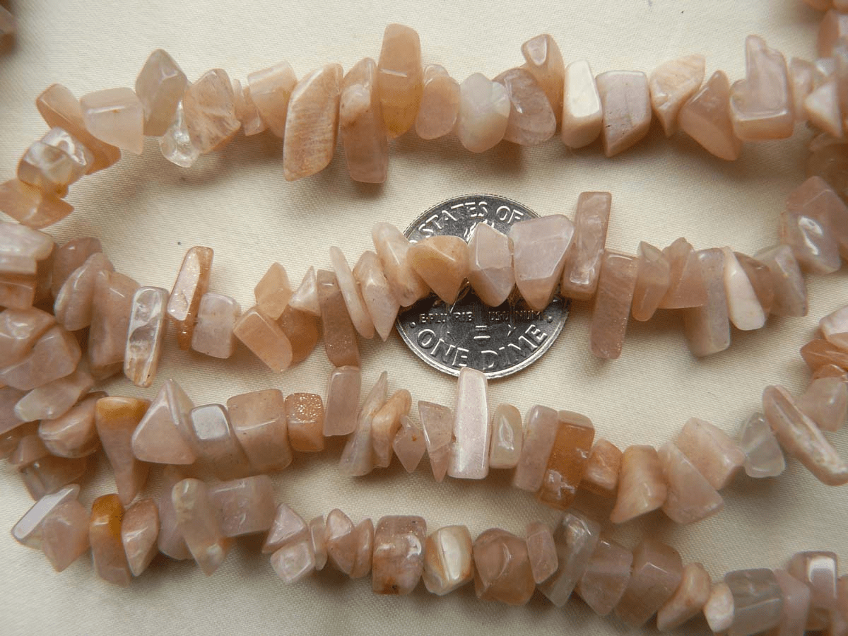 "Peach Moonstone Chip Beads 32"" Chip Beads"