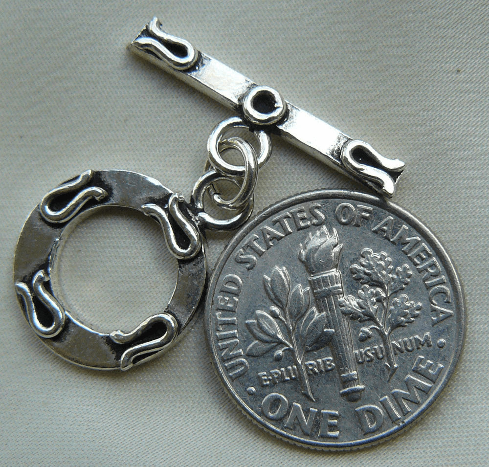Smaller flat round toggle 925 Sterling Siver