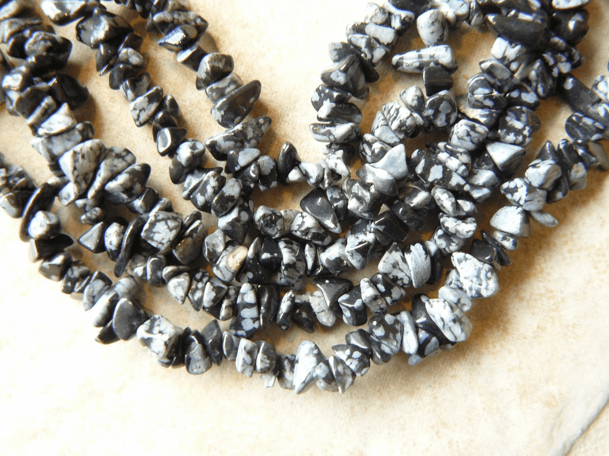 "Snowflake Obsidian Beads Chips wearable 36"" Strand"