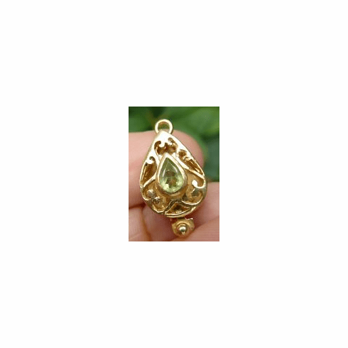 Vermeil Clasp With Faceted Peridot - 22 kt. Gold Vermeil<br>GCL-12P