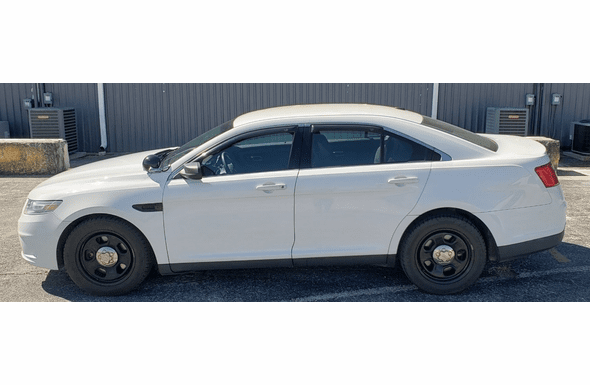 2013 Ford Police Interceptor Sedan 75k miles 1FAHP2M86DG126750