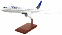 United Airlines B-787 Dreamliner Model