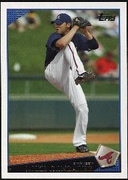 2009 Topps Mike Gonzalez Baseball Card
