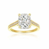 CRISLU Radiant Cushion Cut Ring finished in 18KT Gold - Size 6