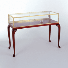 60in. Sit Down Jewelry Case with Scroll Legs