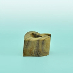Elite Natural Wood Heart Ring Display