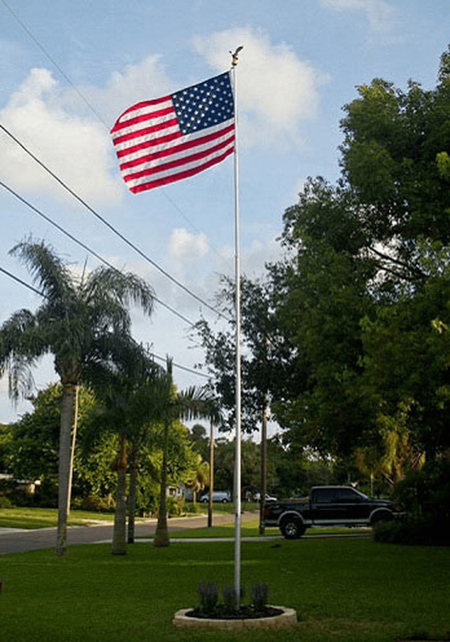 (BETTER) 15ft & 20ft Premium Telescoping Flagpole Average Life 5-10Yrs