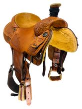PRICE REDUCED! 15.5Inch Used Mikes Custom Saddles Oklahoma Roper 04-07 *Free Shipping*