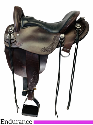 PRICE REDUCED! 16.5Inch Used Tucker Horizon Compass Rose Plantation Saddle 150 *Free Shipping*