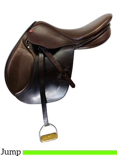 PRICE REDUCED! 17 Inch Used Courbette Alpina Jump Saddle S207SP *Free Shipping*