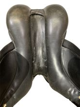 18 Inch Used Albion Dressage Saddle 11386 *Free Shipping*