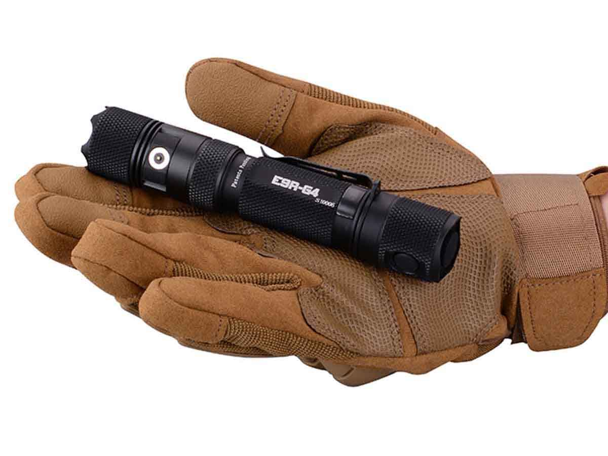 E9R-G4 in gloved hand open