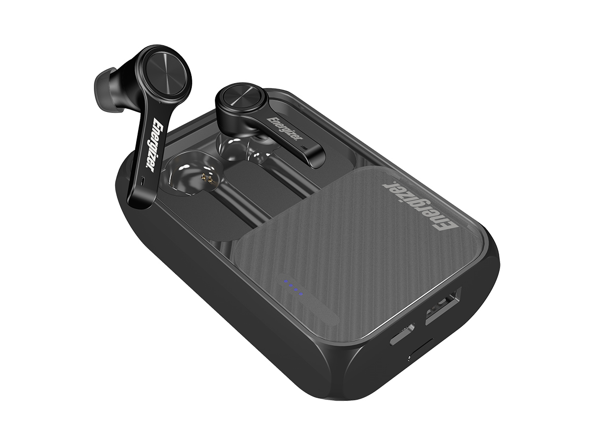 energizer ub5001 earbuds one coming out of case