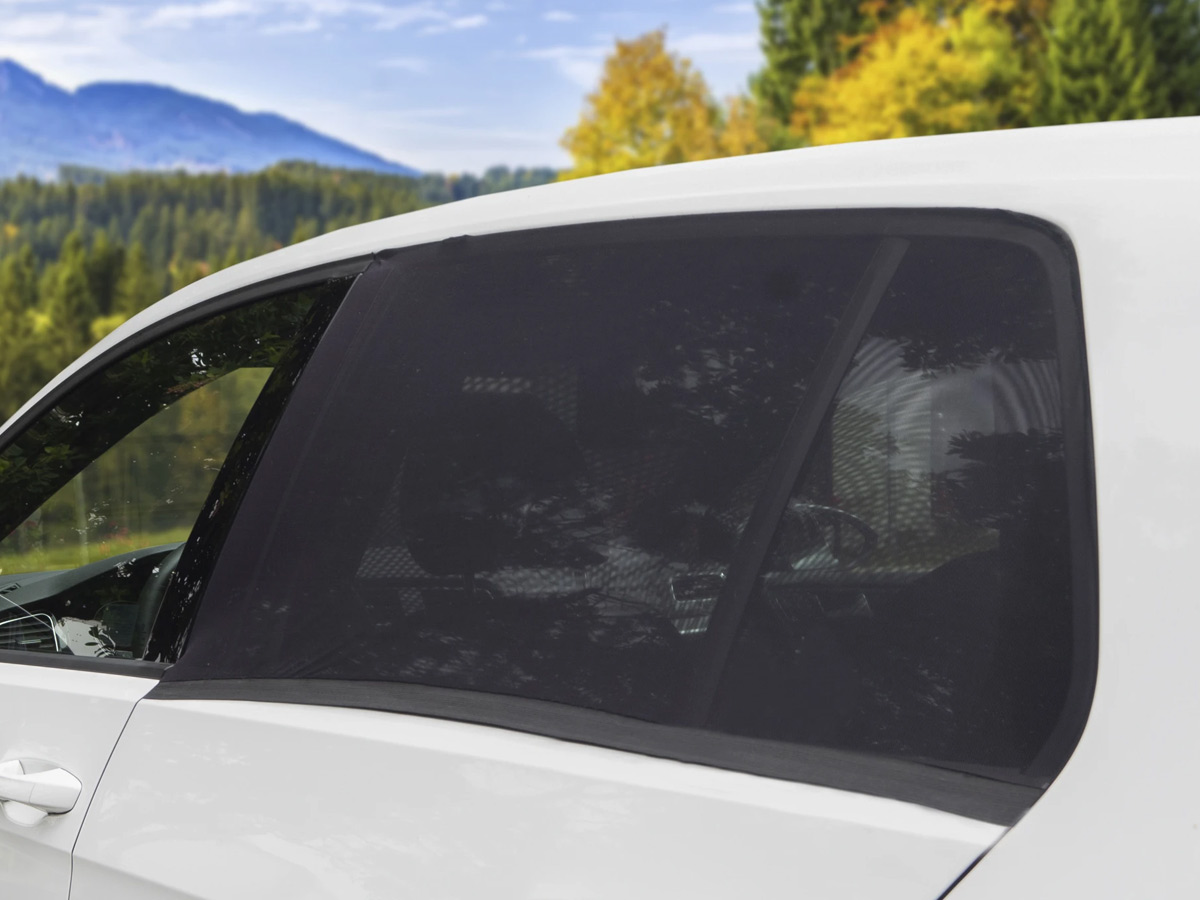 wagan easy air auto screen installed on suv