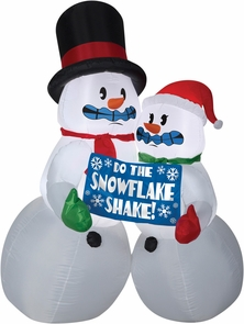 Airblown Shivering Snow Couple Costume