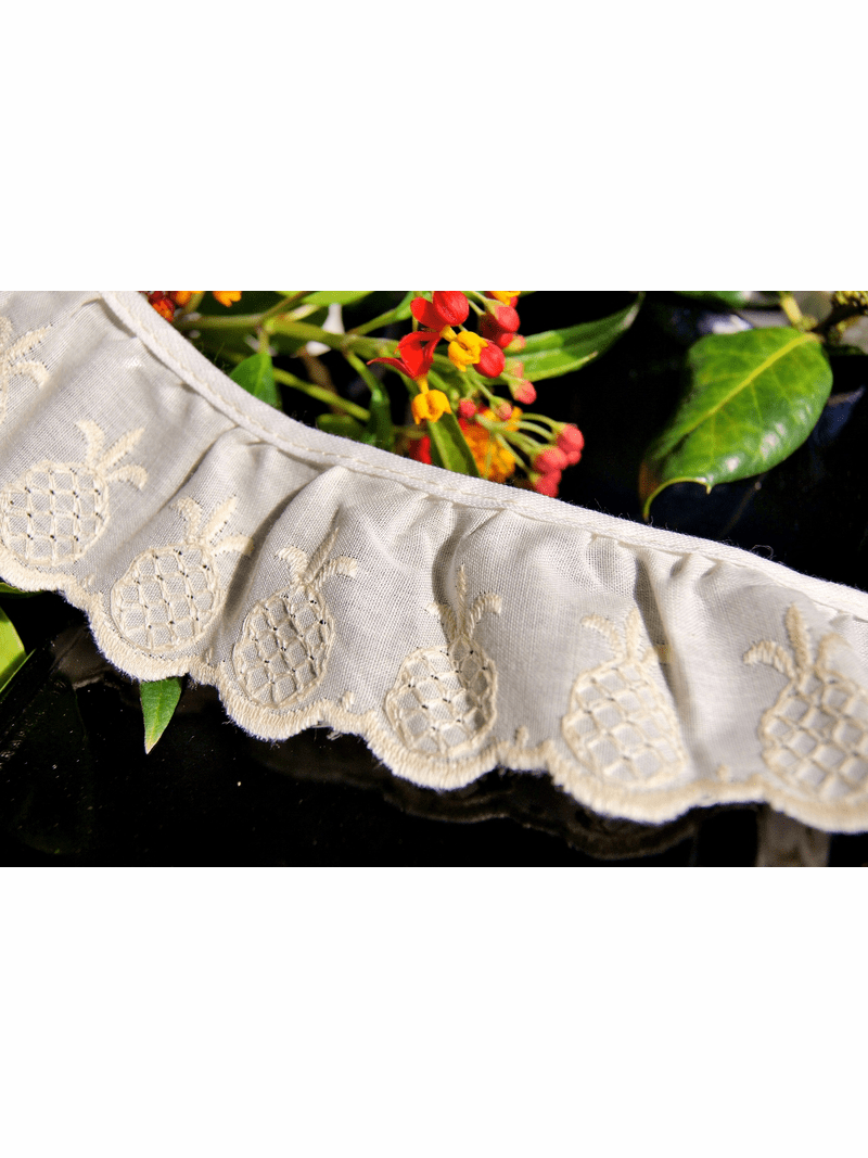 """1-7/8"""" Ivory Beige Pineapple Embroidered Vintage Ruffled Lace Trim"""