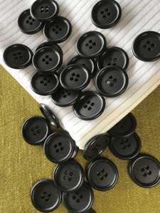 "15/16"" (23mm) 36L 4 Hole Black Vintage Buttons #849"
