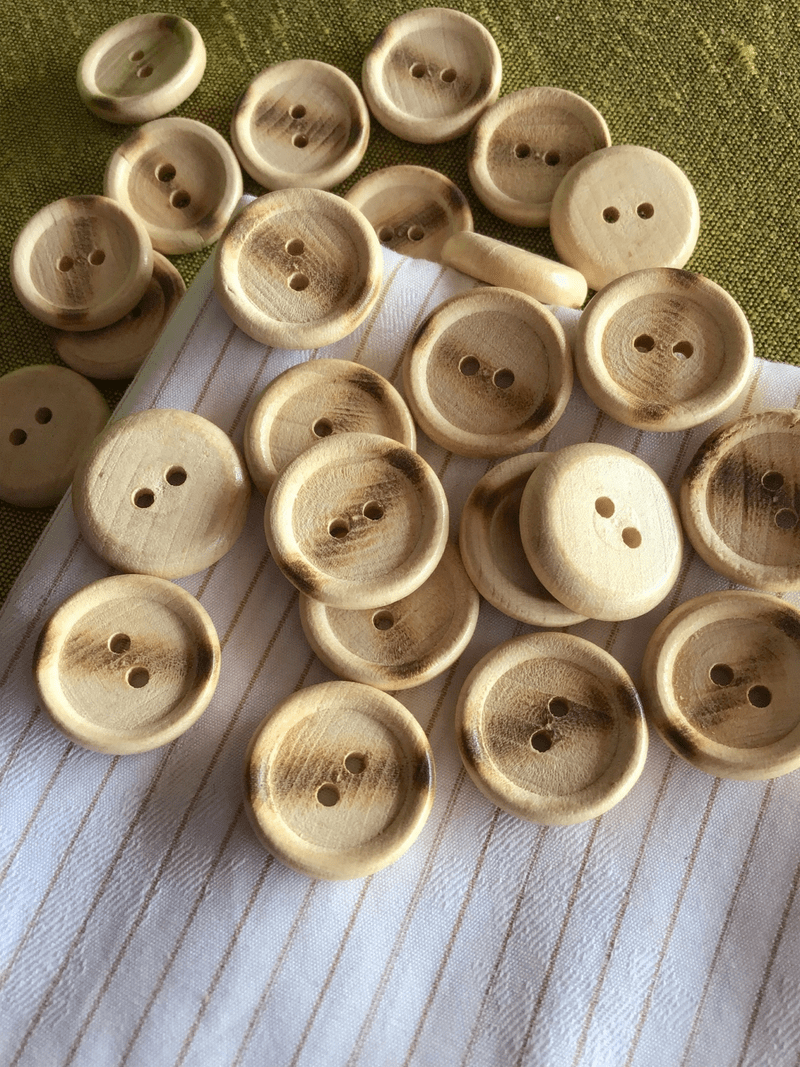 "2 Hole Wooden Button 13/16"" (20mm) 32L Sewing Buttons #746"