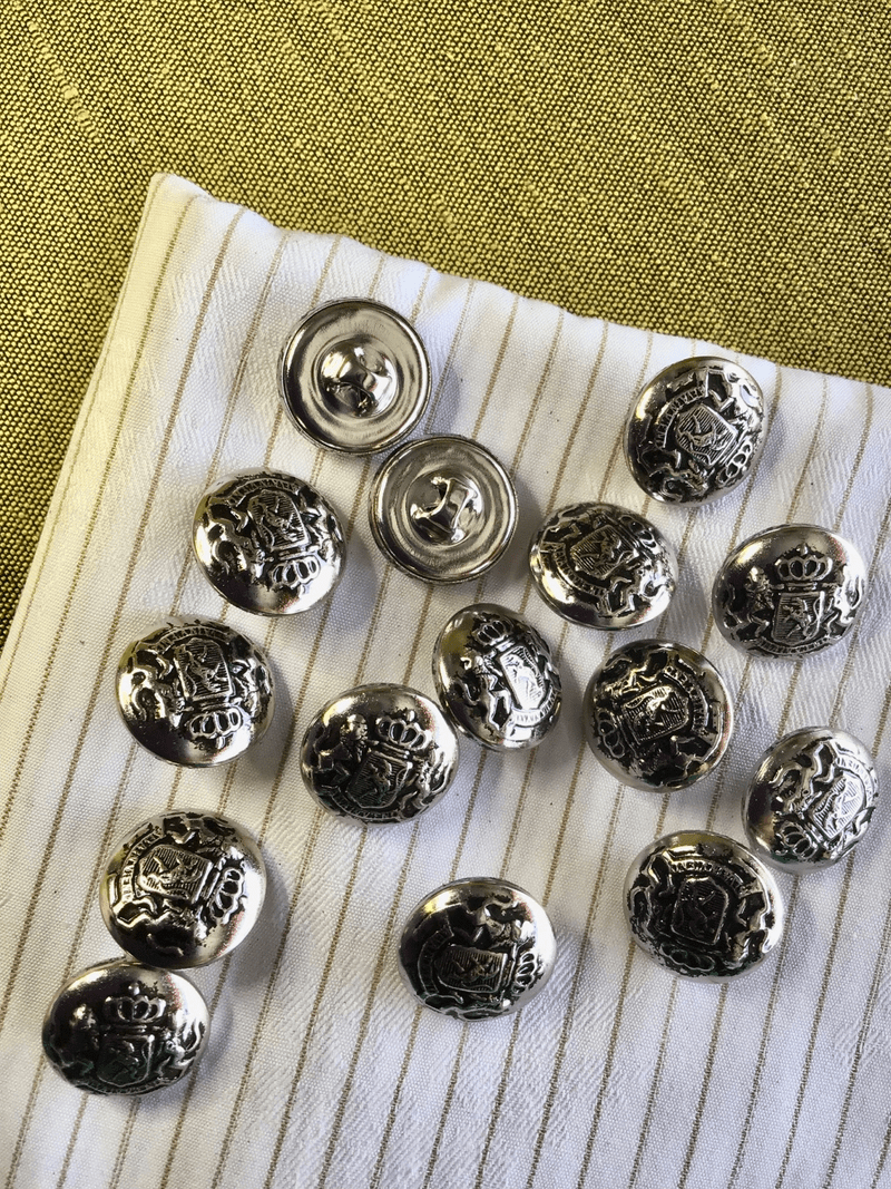 """5/8"""" (15mm) 24L Vintage Royal Crown Double Lions Small Silver Metal Crest Buttons #862"""