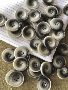 "Ash Grey 4 Hole 15/16"" (23mm) 36L Vintage Italian Buttons #966"