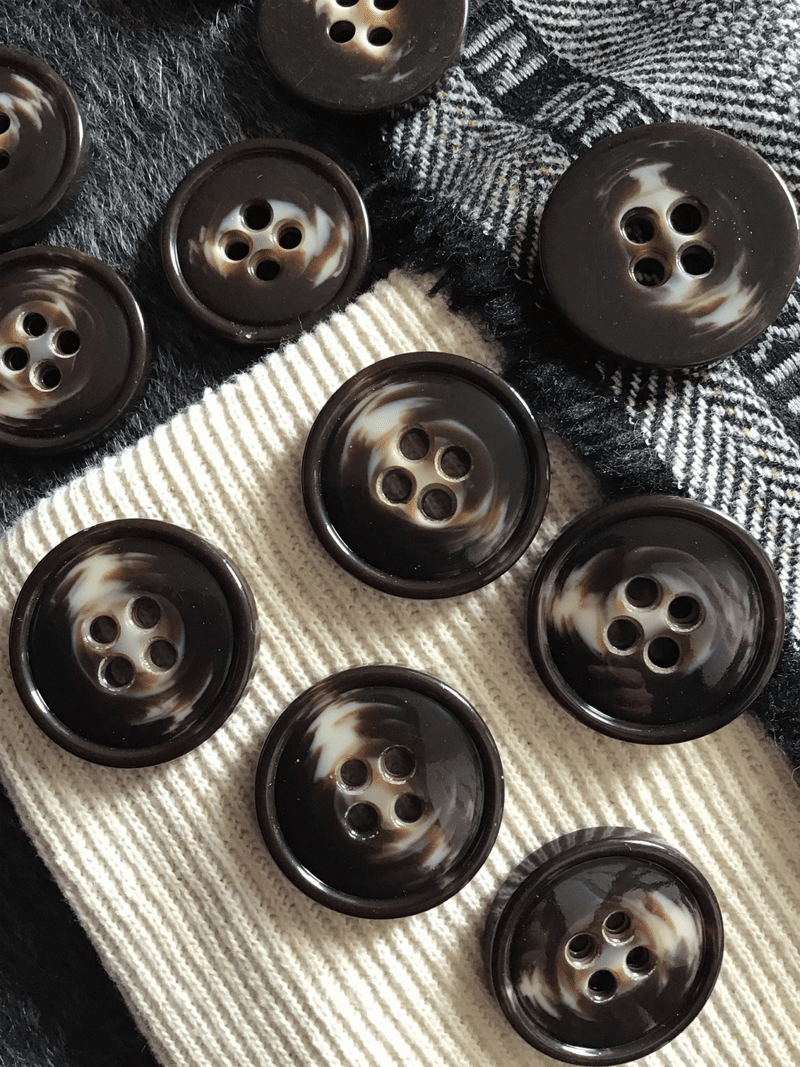 "Chocolate Cream Italian 4 Hole 1-1/4"" (32mm) 50L Vintage Coat Buttons #518"