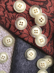 """Creamy Off-White Clear 4 Hole 1"""" (25mm) 40L Vintage Italian Buttons #537"""