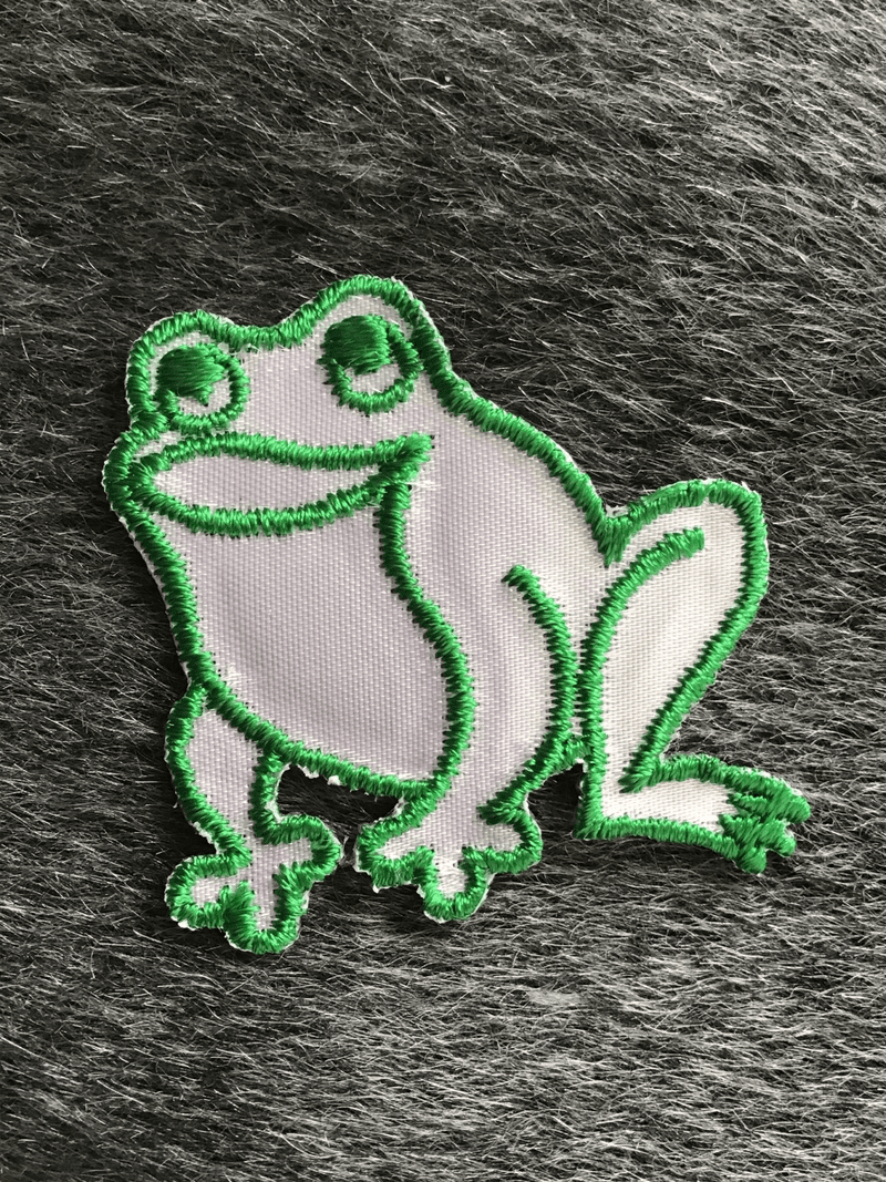 Decorative Vintage White Green Embroidered Frog Applique Patch #5067