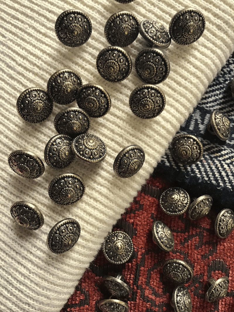 """Embossed Bronze Button 1/2"""" (12mm) 20L Vintage Shank Buttons #698"""