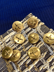 """Gold Embossed Cross Vintage Shank 1"""" (25mm) 40L Buttons #1005"""