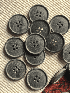 "Graystone Italian 4 Hole Button 1"" (25mm) 40L Vintage Sewing Buttons #630"