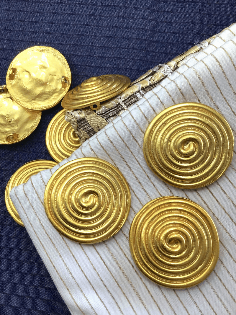 "Heavy Gold Metal Swirl Vintage Two Shank 1-1/2"" (38mm) 60L Large Gold Buttons #1047"