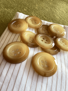 """Honey Caramel 4 Hole Italian Button 1-1/8"""" (28mm) 44L Vintage Sewing Buttons #810"""