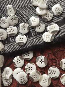 """Italian 4 Hole Clear White Button 13/16"""" (20mm) 32L Sewing Buttons #650"""