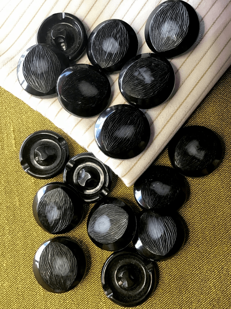 "Italian Black Centered Grey Shank Button 15/16"" (24mm) 38L Vintage Buttons #722"
