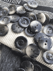 "Italian Black Grey 2 Hole Buttons 13/16"" (20mm) 32L Vintage Sewing Buttons #1098"