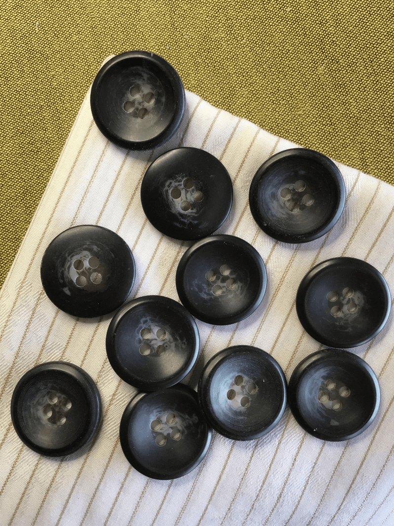 "Italian Black Grey 4 Hole Button 13/16"" (20mm) 32L Sewing Buttons #756"