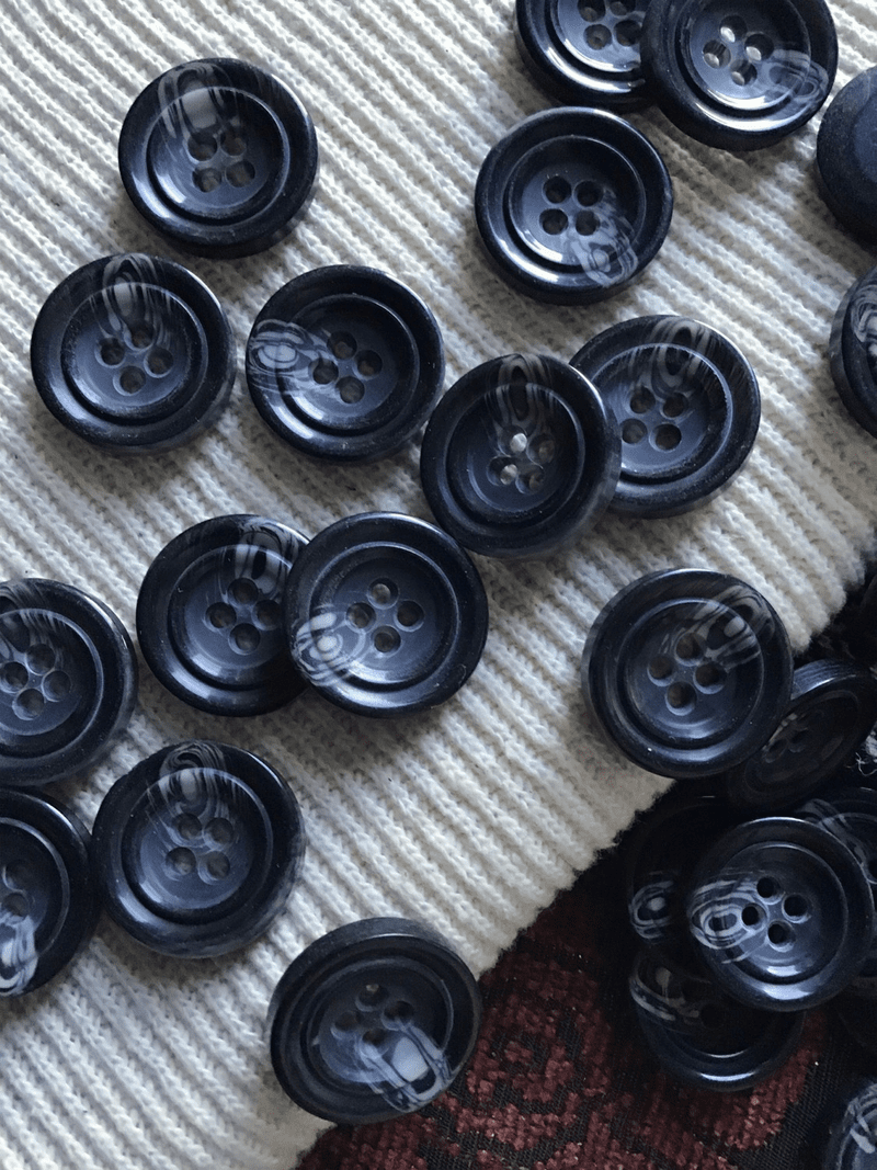 """Italian Black Mixed Grey 4 Hole Button 13/16"""" (20mm) 32L Vintage Buttons #706"""
