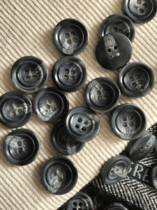 "Italian Multi Iron Gray 4 Hole Button 15/16"" (23mm) 36L Sewing Buttons #676"