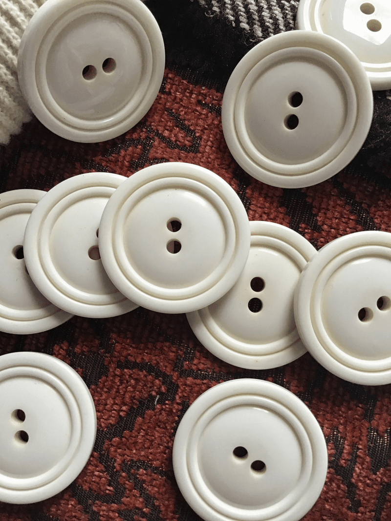 """Italian Winter White 2 Hole Button 1-1/8"""" (28mm) 44L Vintage Buttons #715"""