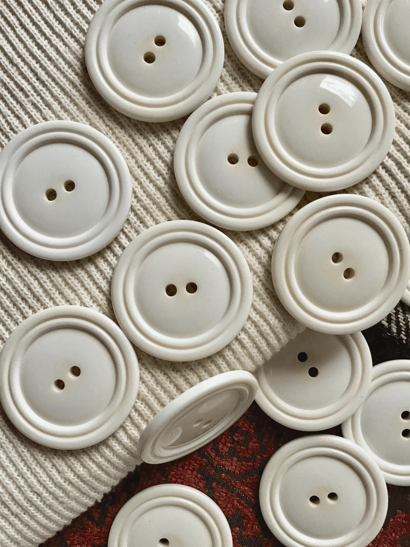 "Italian Winter White 2 Hole Button 1-3/8"" (34mm) 54L Vintage Large Buttons #716"