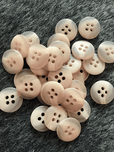 "Light Beige Small 4 Hole 5/8"" (15mm) 24L Vintage Buttons #1025"