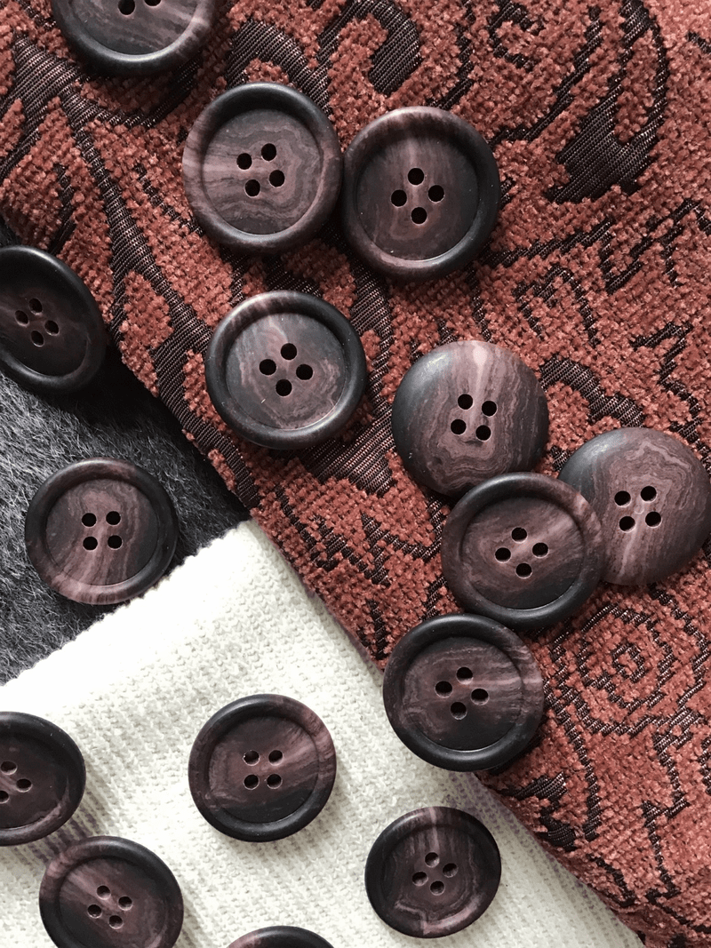 "Mahogany Brown Italian 4 Hole 1"" (25mm) 40L Vintage Buttons #545"